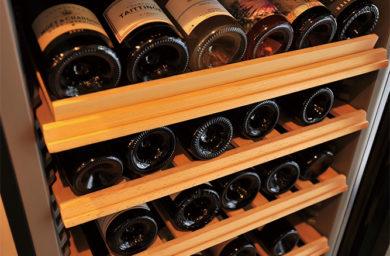 ビストロ野咲のワインセラー