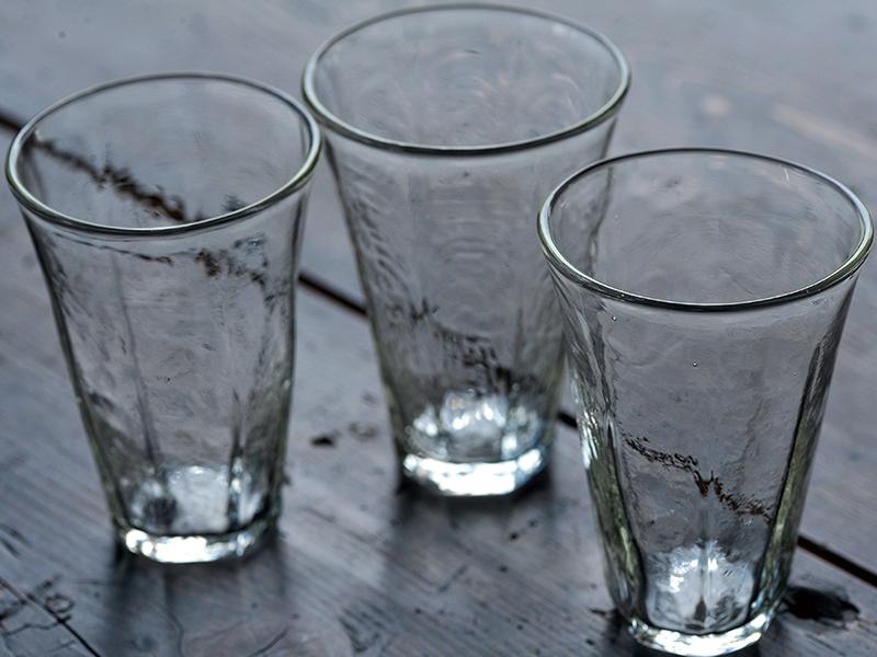 ガラス作家安土草多さんのグラス